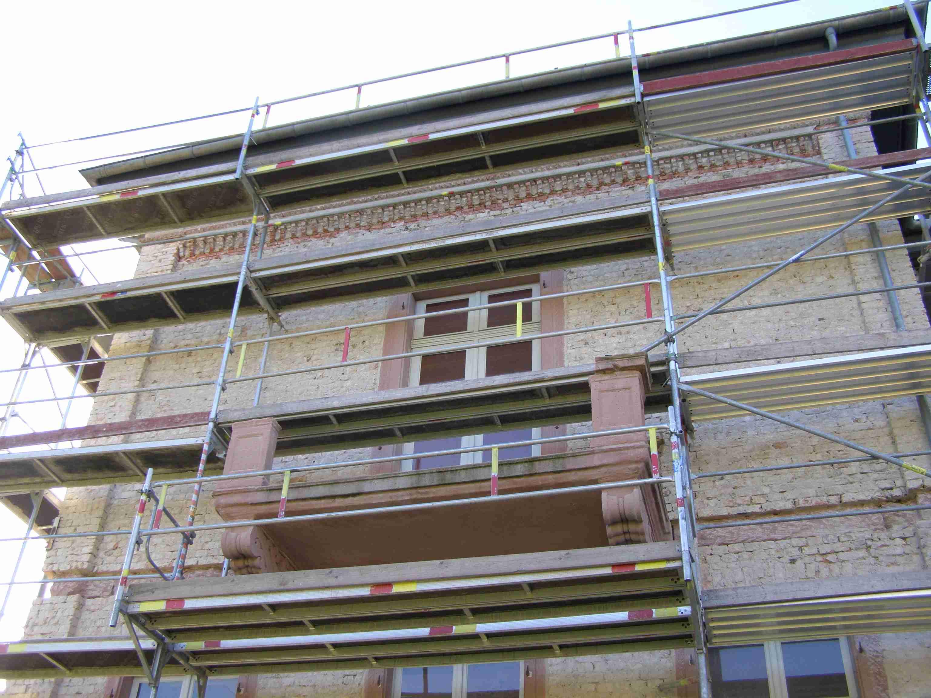 villa suedseite balkon demontiert
