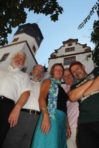 Die Büchnerbandee - ohneThomasHeldmann - im April 2013 vor dem Pädagog