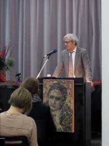 Oberbürgermeister Jochen Partsch beim Grußwort zum Luise Büchner-Preis 2014